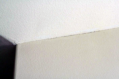 wall-ceiling-crack